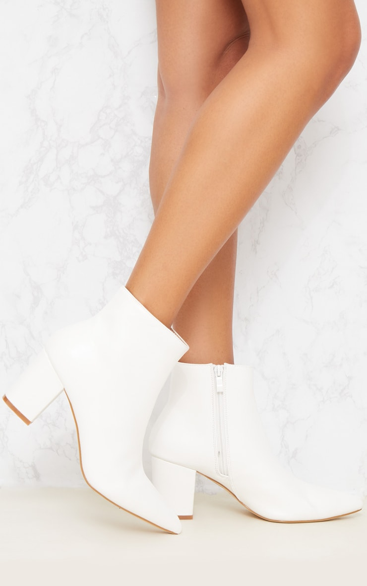 White Point Block Heel Ankle Boot 2