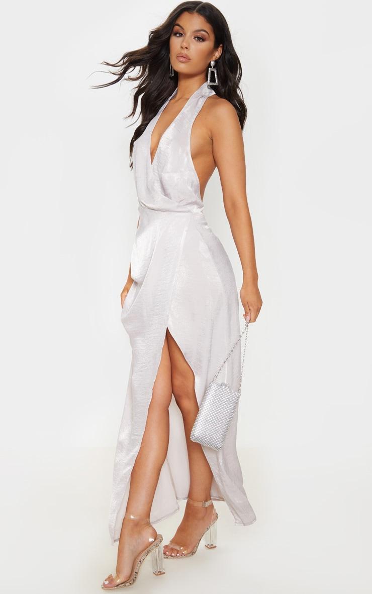 Robe longue satinée texturée argentée à dos-nu 1