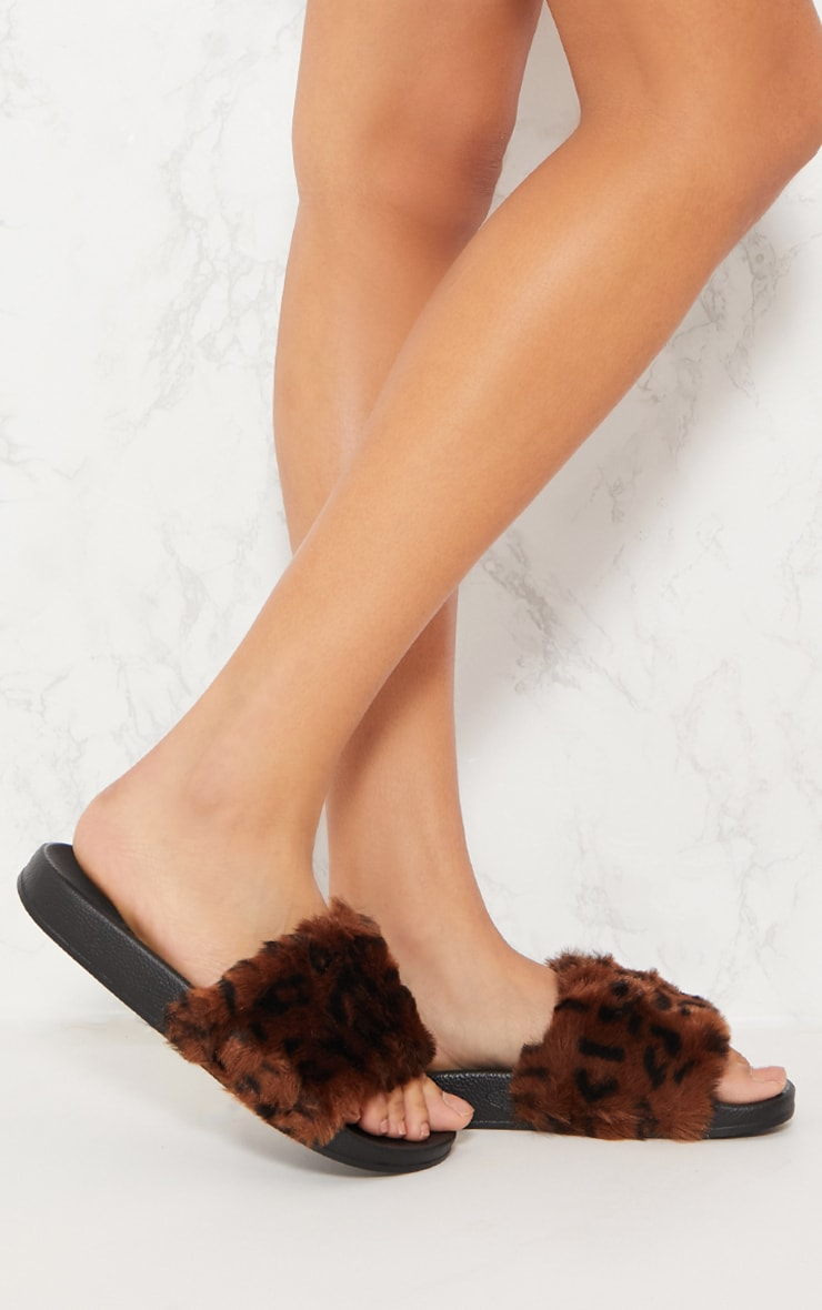 Leopard Faux Fur Sliders