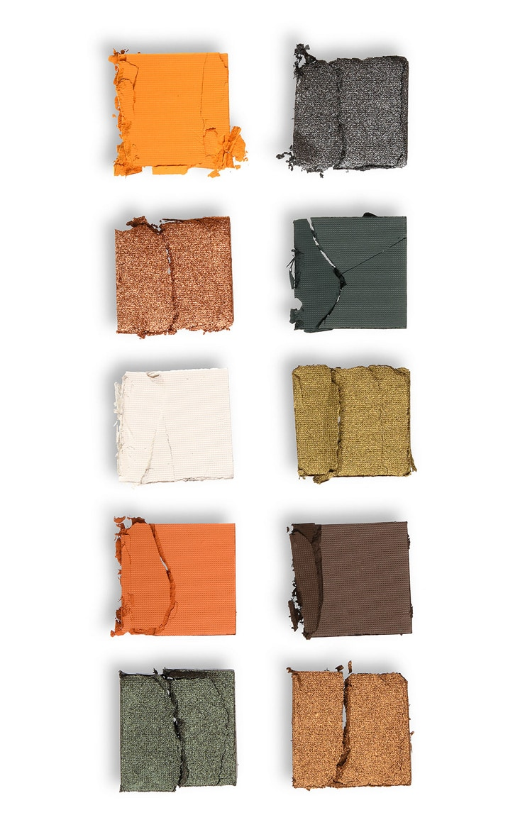 Makeup Obsession Halloween Take It to the Grave Shadow Palette 7