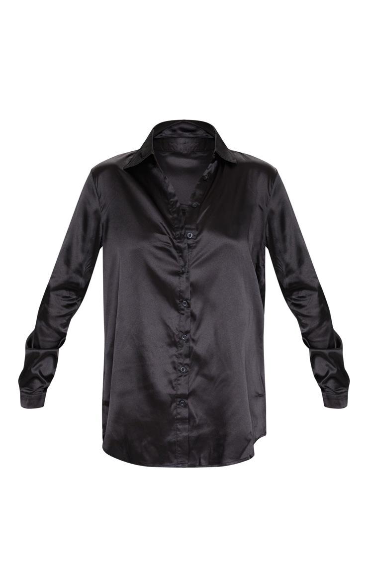 Chemise satinée noire boutonnée devant 5