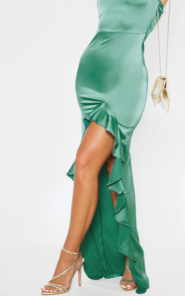 Robe longue vert émeraude à col bénitier et ourlet volanté 5