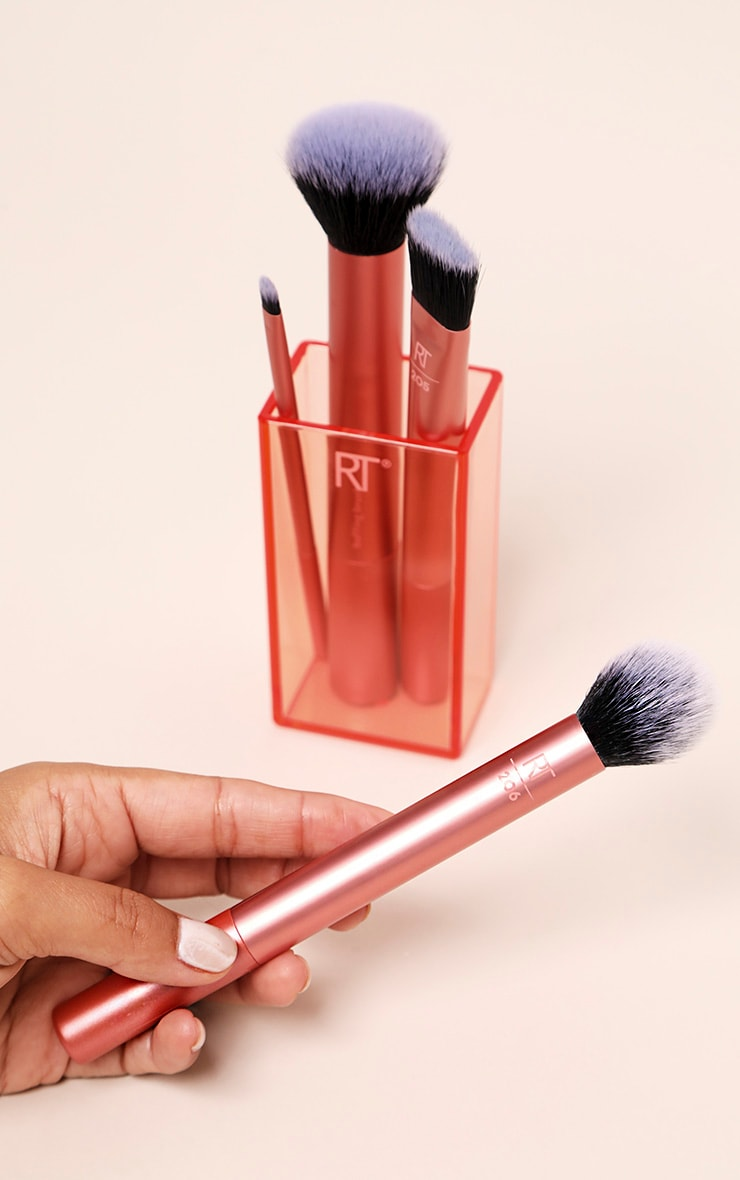 Real Techniques Flawless Base Brush Set 1