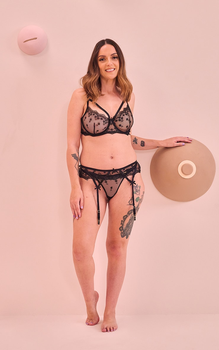 PRETTYLITTLETHING x CoppaFeel! Black Ditsy Floral Embroidered Lace Underwired Bra