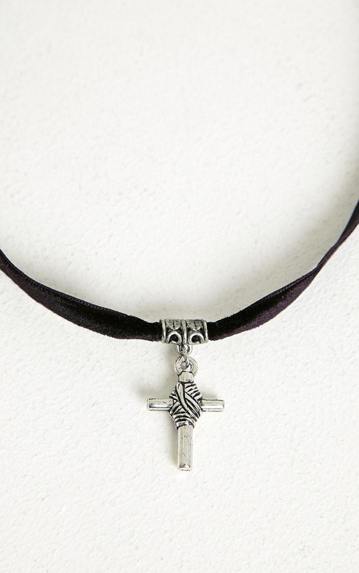 Madre Silver Cross Choker 4