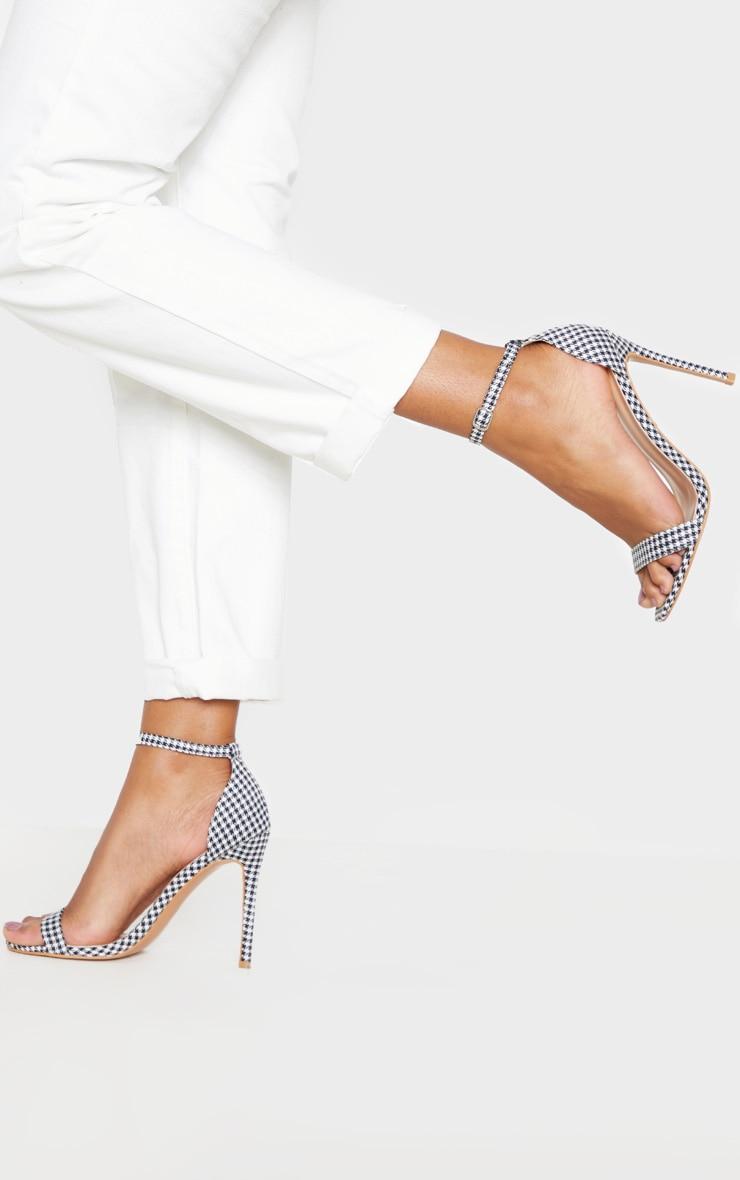 Sandales Clover à brides pied-de-poule 1