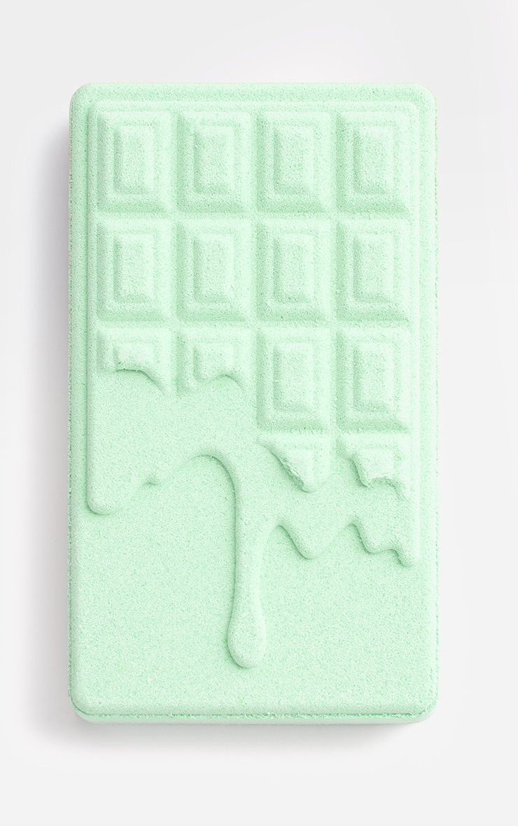 I Heart Revolution Chocolate Bar Bath Fizzer Mint 2