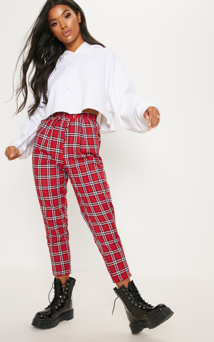 Diya Red Check Printed Casual Trouser by Prettylittlething