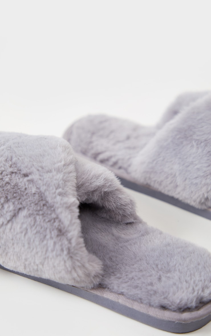 Grey Fluffy Cross Strap Slippers 4