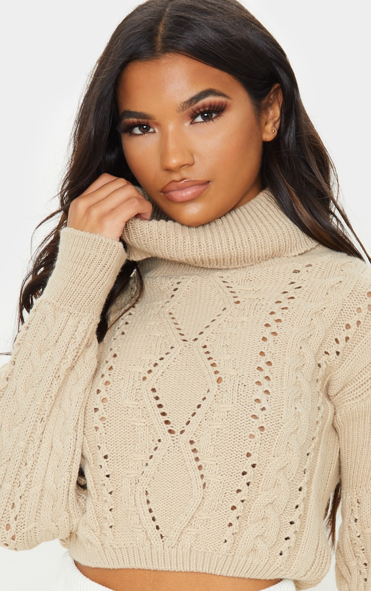 Stone Cropped Cable Knitted Jumper  5
