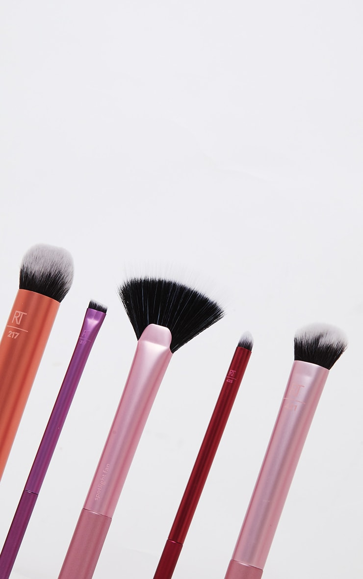 Real Techniques Artists Essentials Brush Set 4