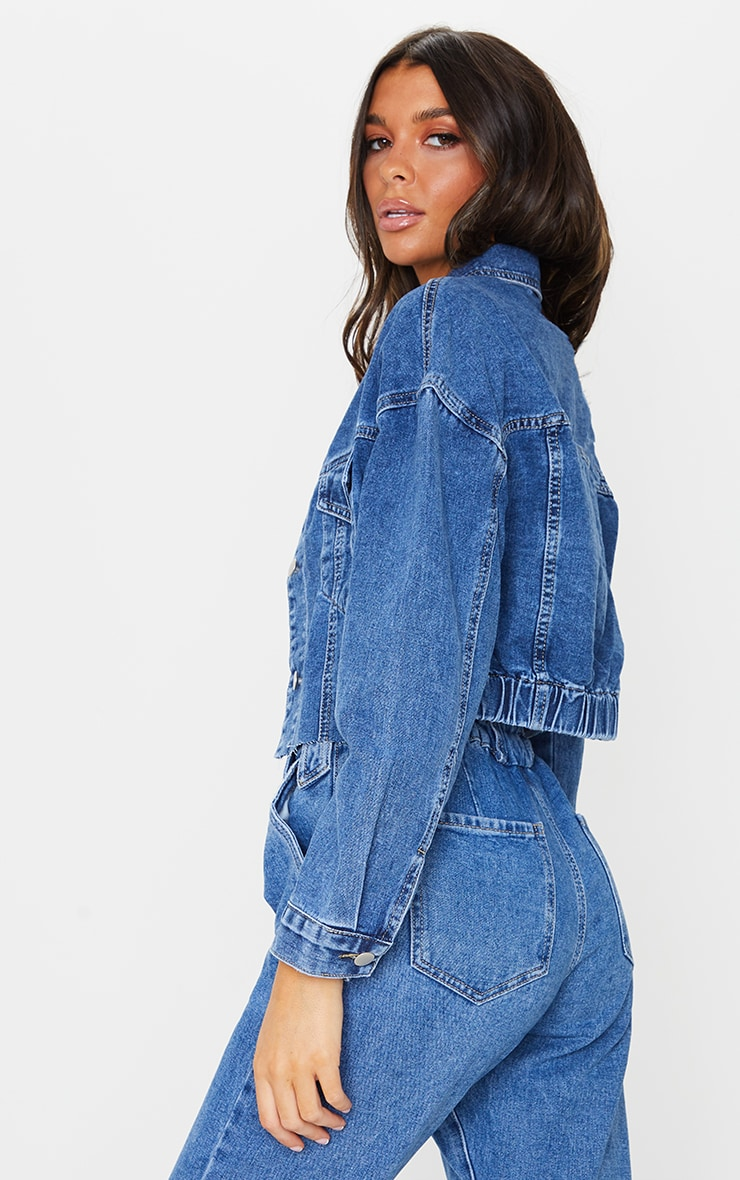 Mid Wash Cropped Elastic Hem Denim Jacket 2