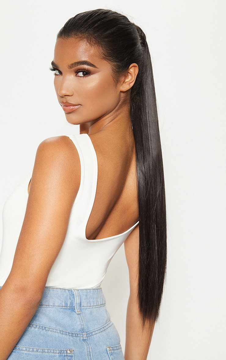 LullaBellz Grande Lengths 26 Straight Pony Extensions Natural Black 4