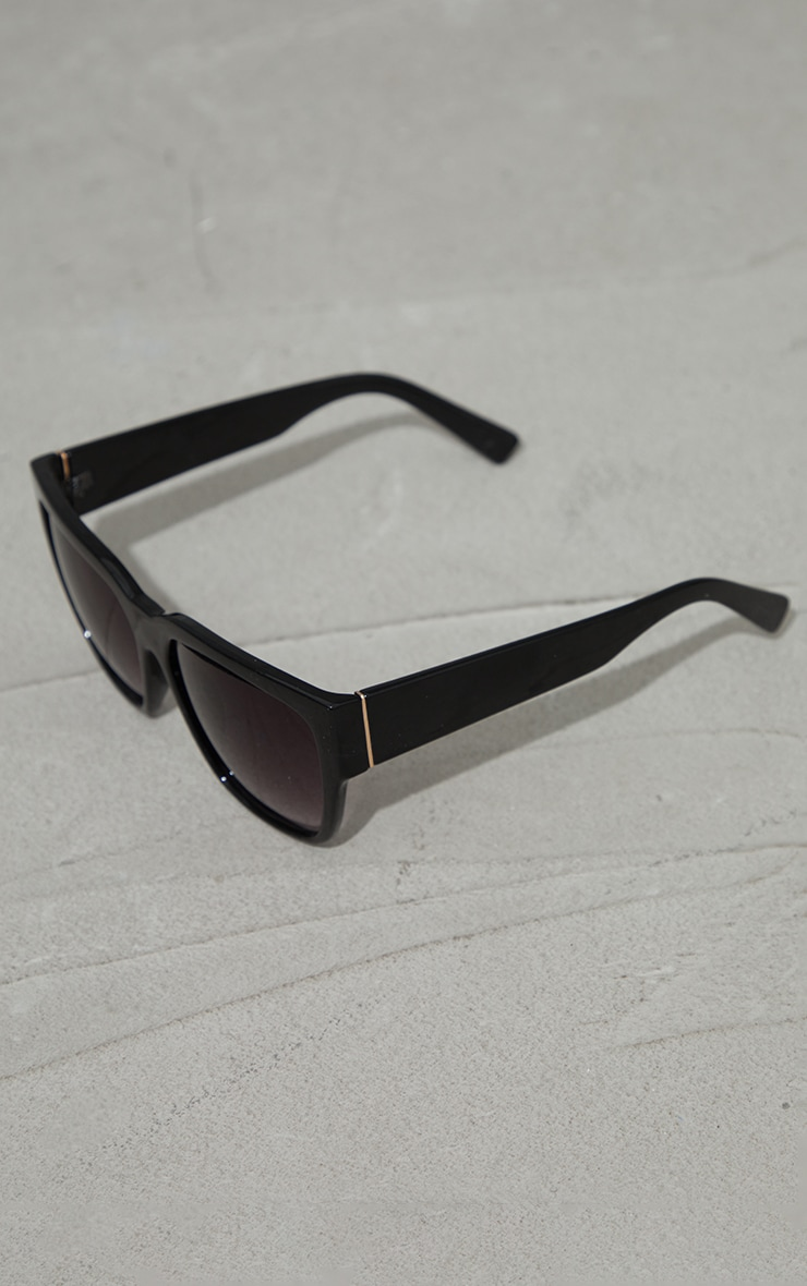 Black Recycled Plastic Oversized Square Sunglasses 2