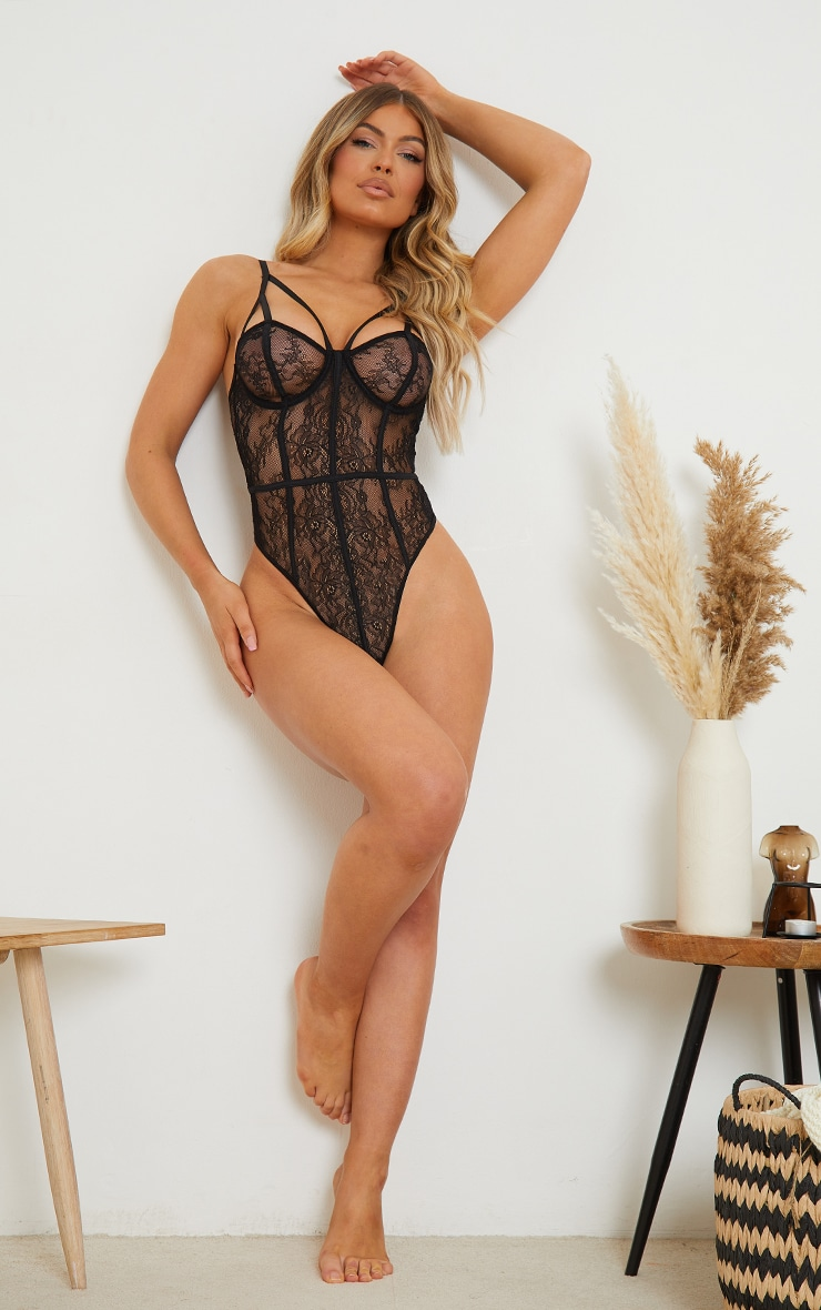 Black Harness Detail Underwired Delicate Lace Body 3