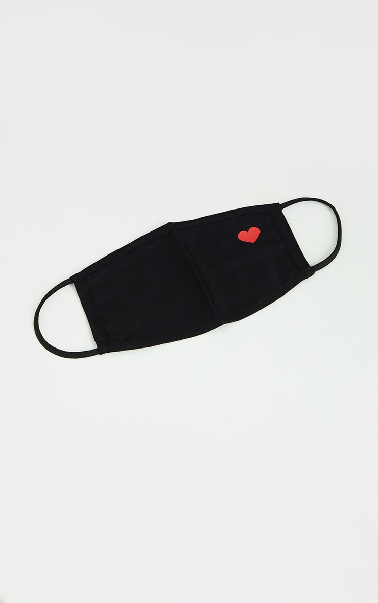 Black Heart Printed Face Mask 2