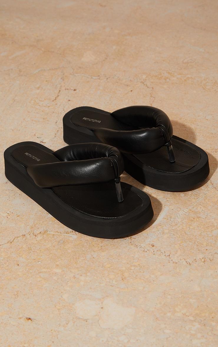 Black Tube Strap Chunky Toe Post Sandals 3