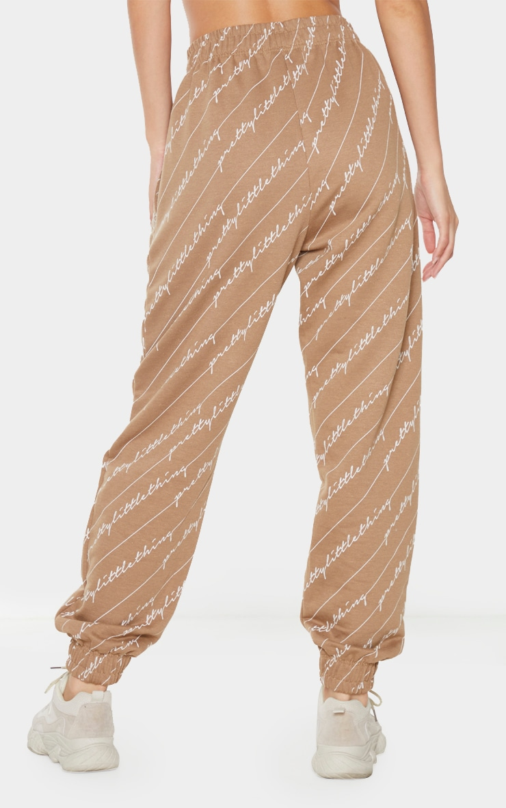 Taupe PRETTYLITTLETHING Printed Joggers 3