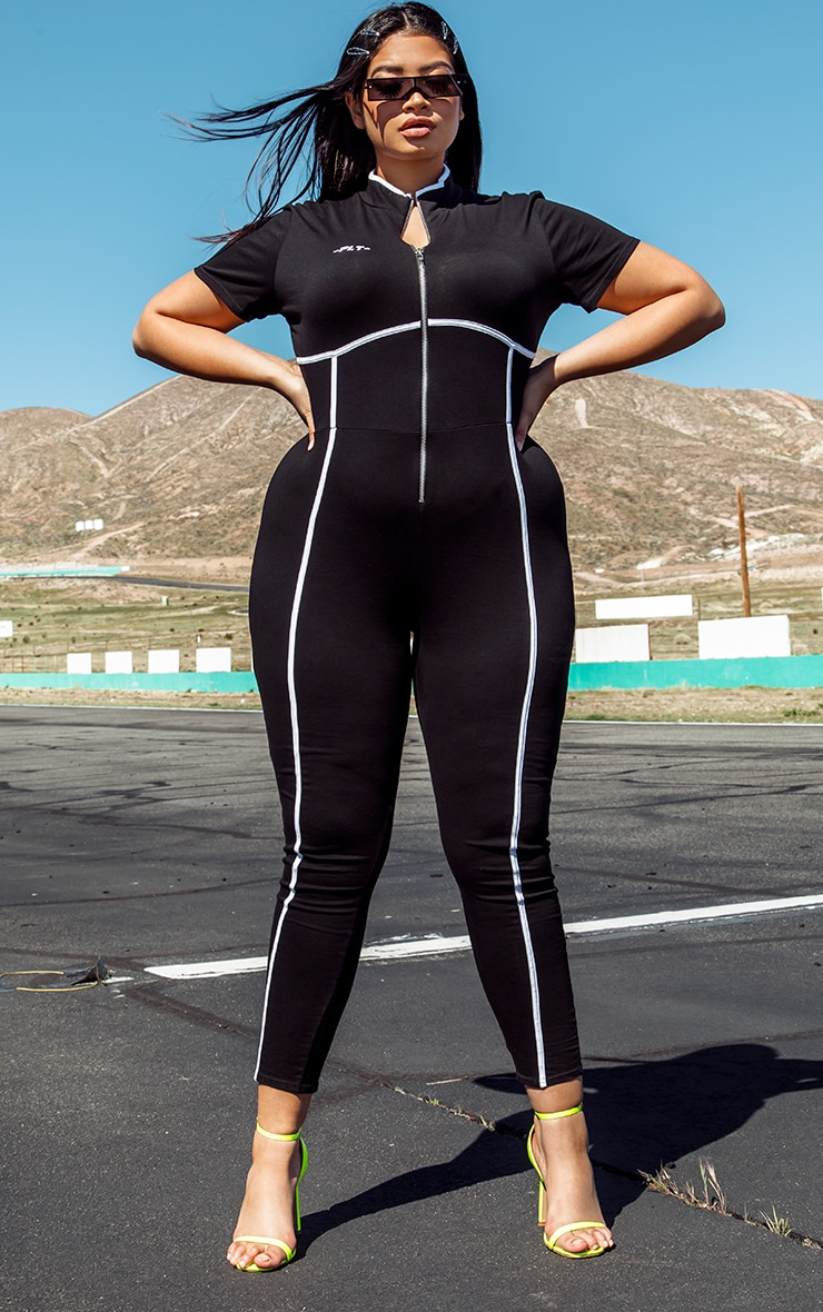 PRETTYLITTLETHING Plus Black Zip Up Binding Detail Jumpsuit 1