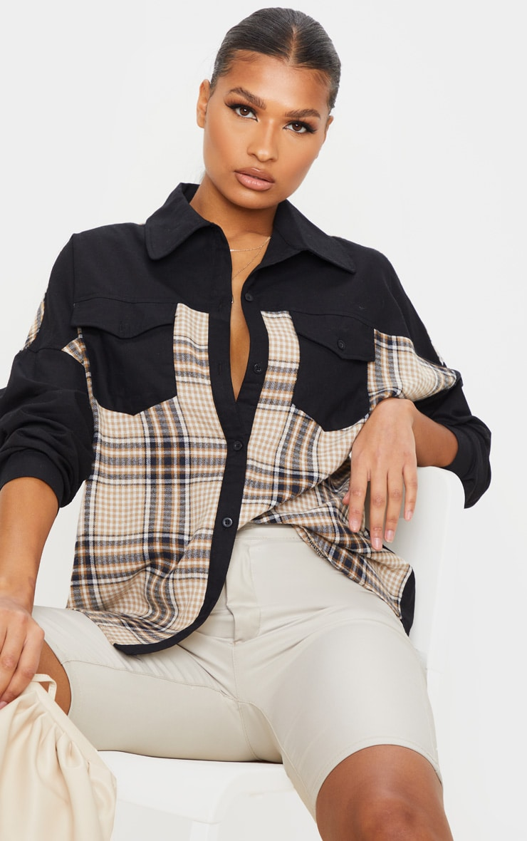 Chemise oversize noire à partie carreaux contrastante 4