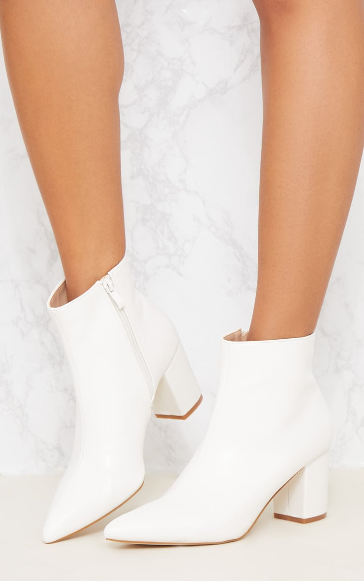 White Point Block Heel Ankle Boot 3