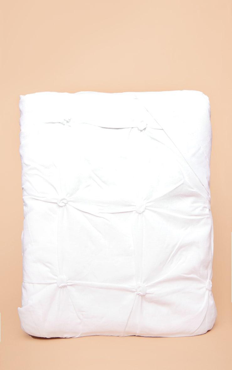 White Ruched Pin Tuck King Duvet Set 3