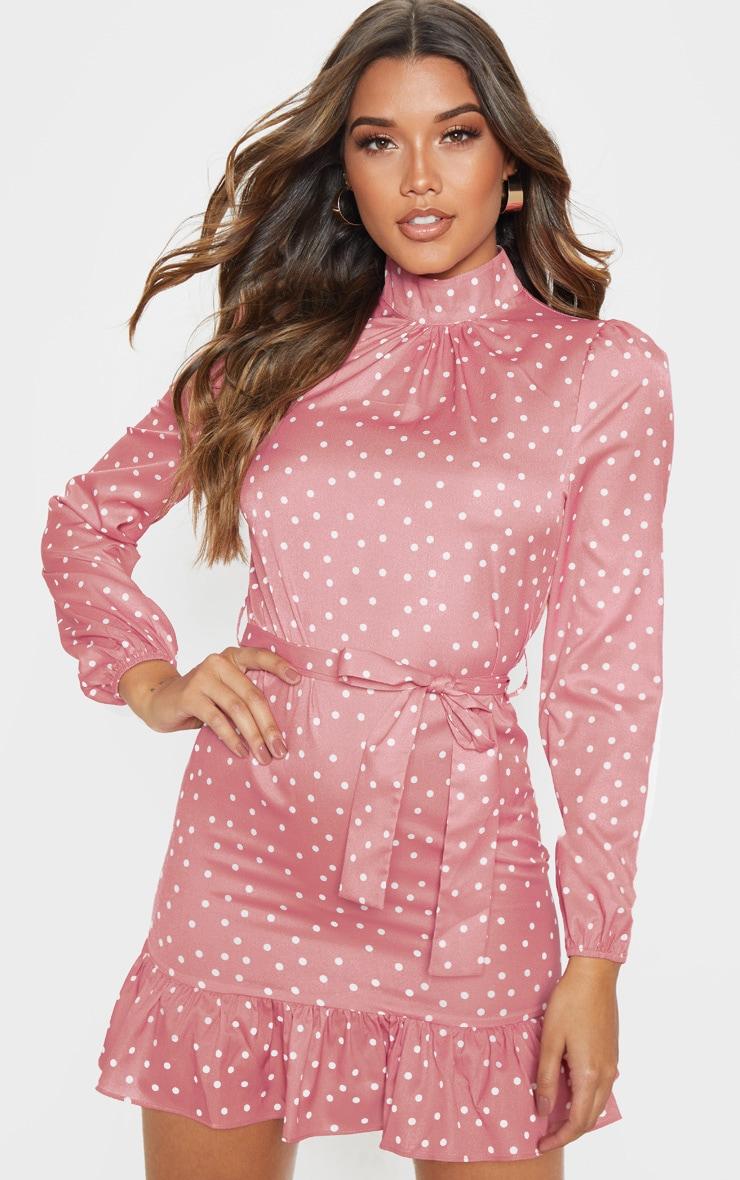Robe blouse rose à pois à manches longues et col haut 4