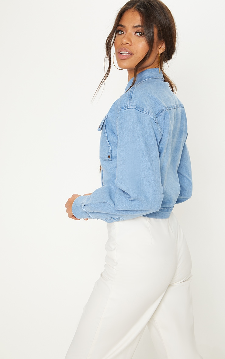 Light Wash Oversized Cropped Trucker Denim Jacket  2