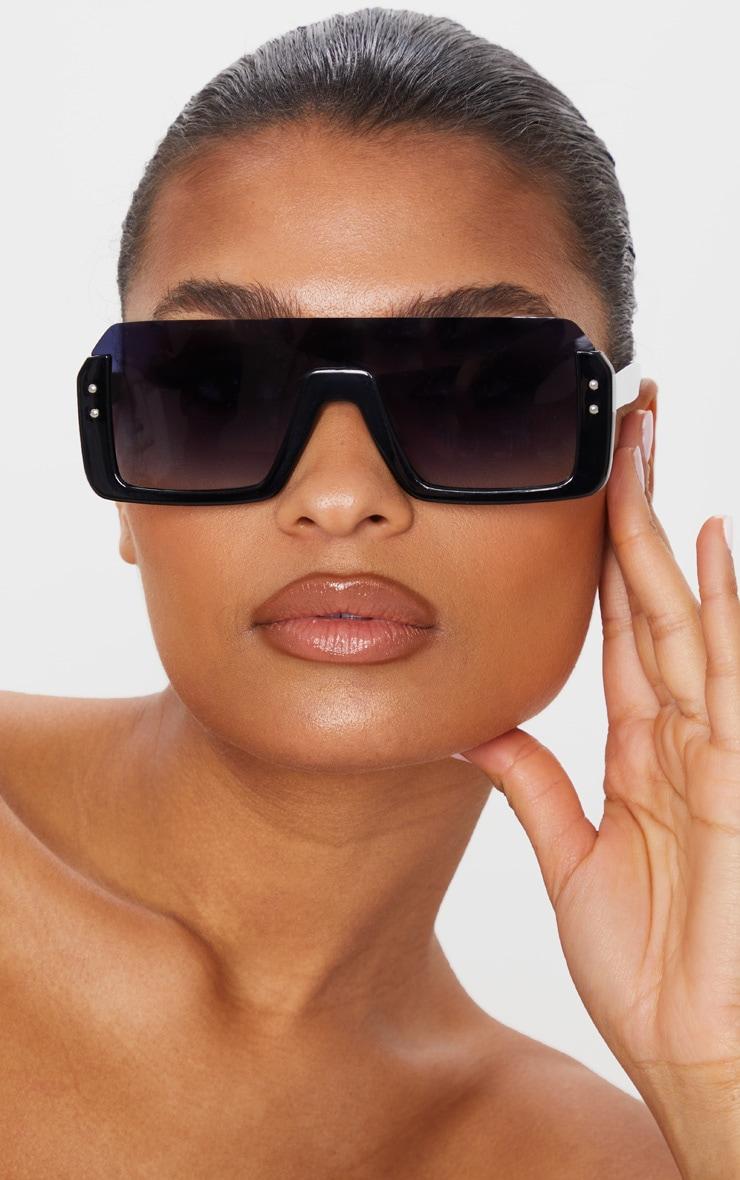 Black Oversized Flat Sunglasses 1