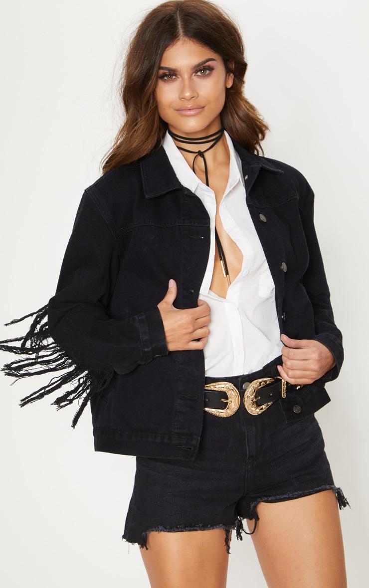 Veste en jean noire à franges dans le dos 1