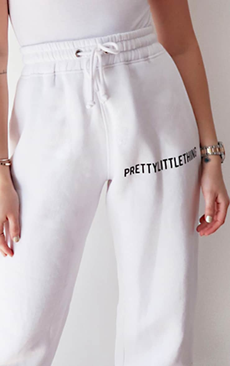 PRETTYLITTLETHING White High Waisted Joggers 4