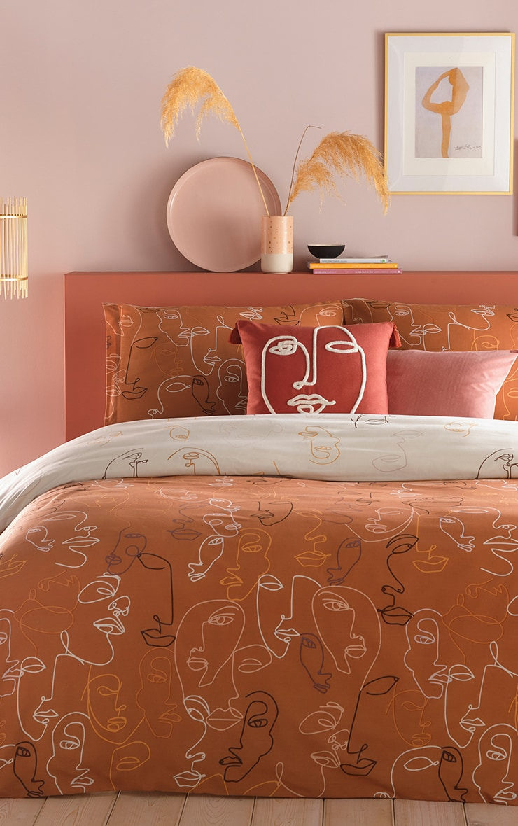 Nude Face Silhouette Double Duvet Set 1