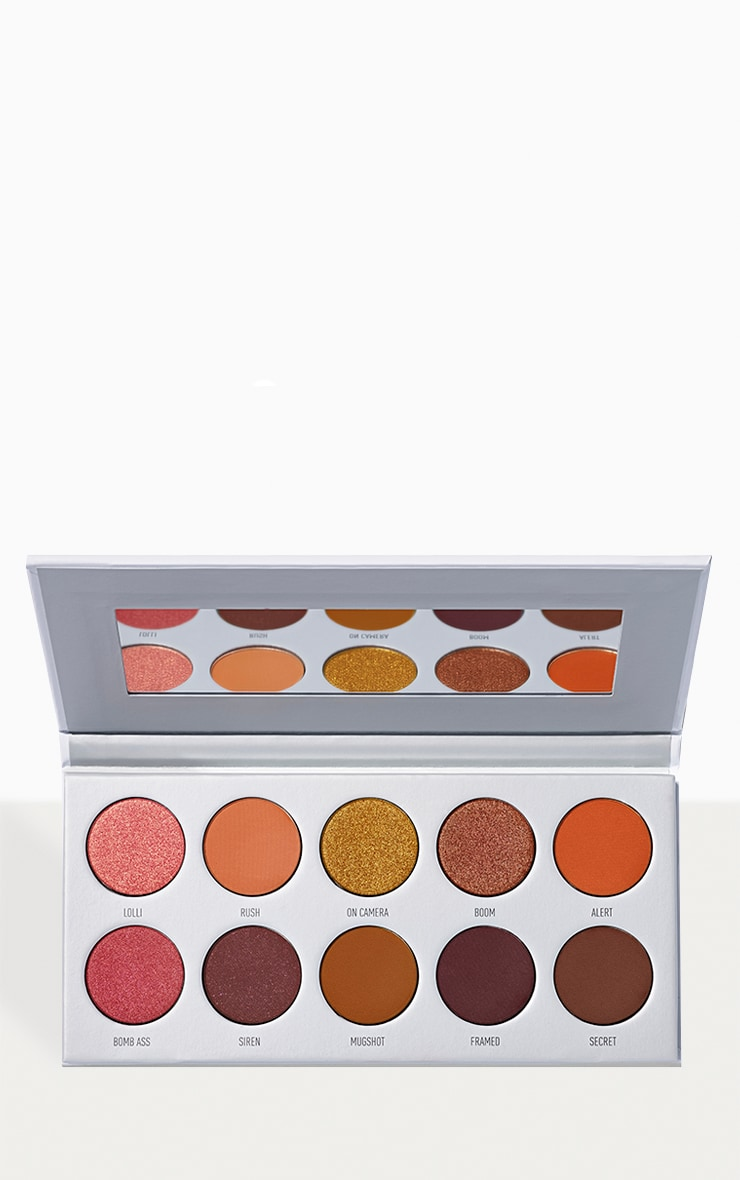 Morphe X Jaclyn Hill - Palette Ring The Alarm 1