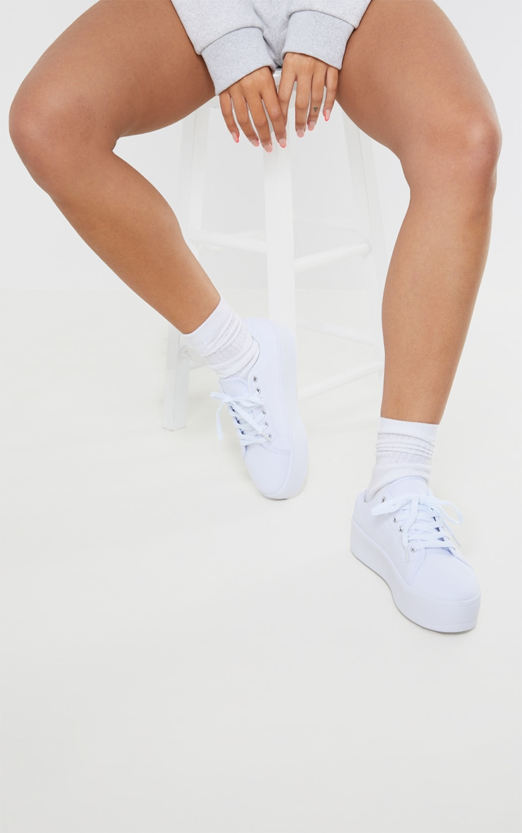 White PU Flatform Trainer 1