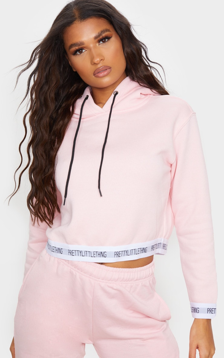 PRETTYLITTLETHING Baby Pink Trim Cropped Hoodie 1