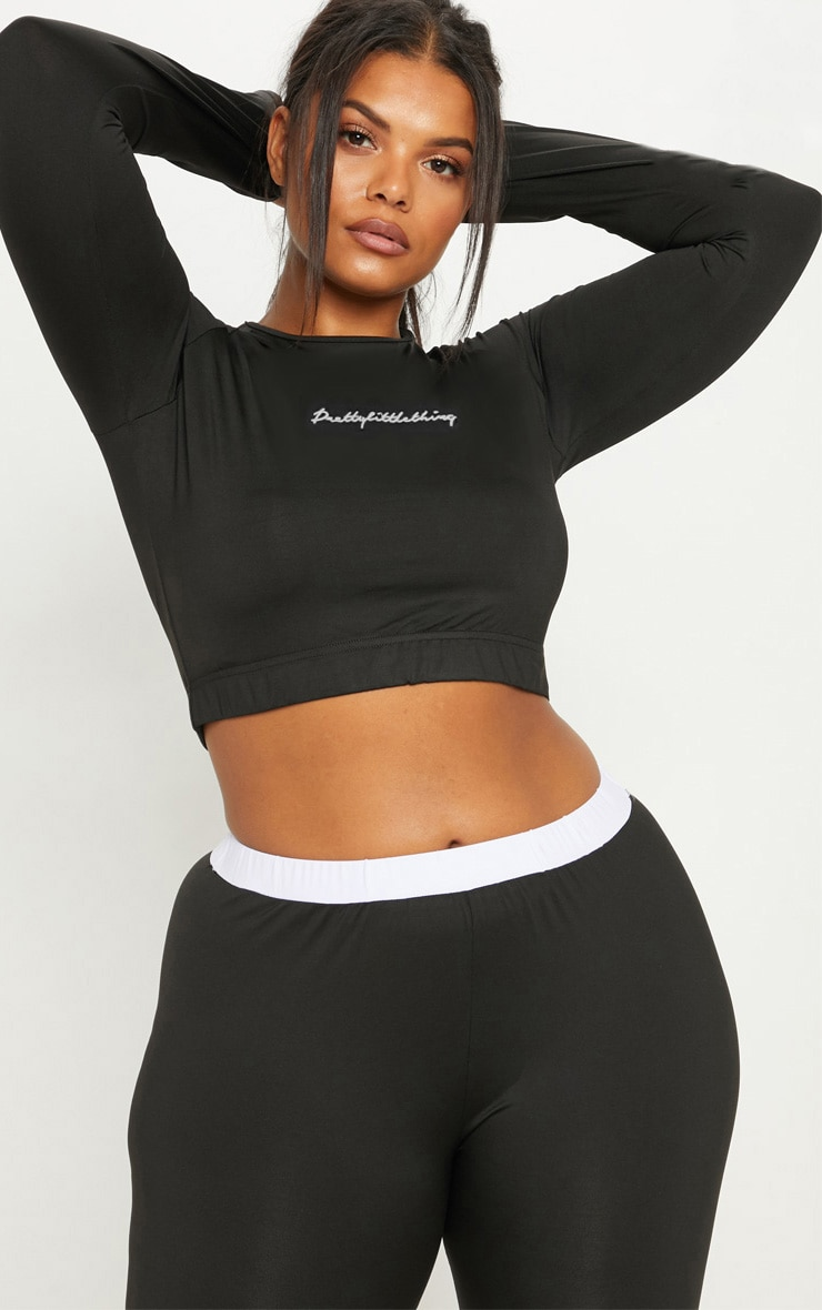 PRETTYLITTLETHING Plus Black Embroidered Long Sleeve Crop Top 1