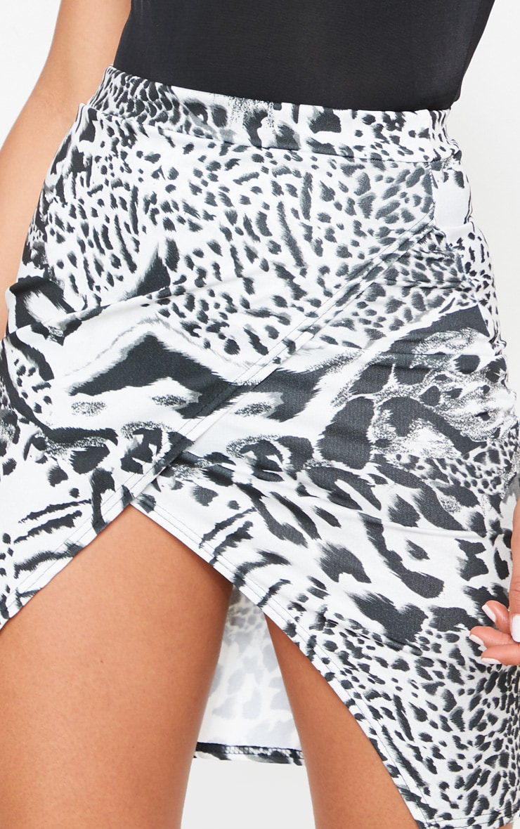 Monochrome Mix Animal Crepe Printed Wrap Skirt 6