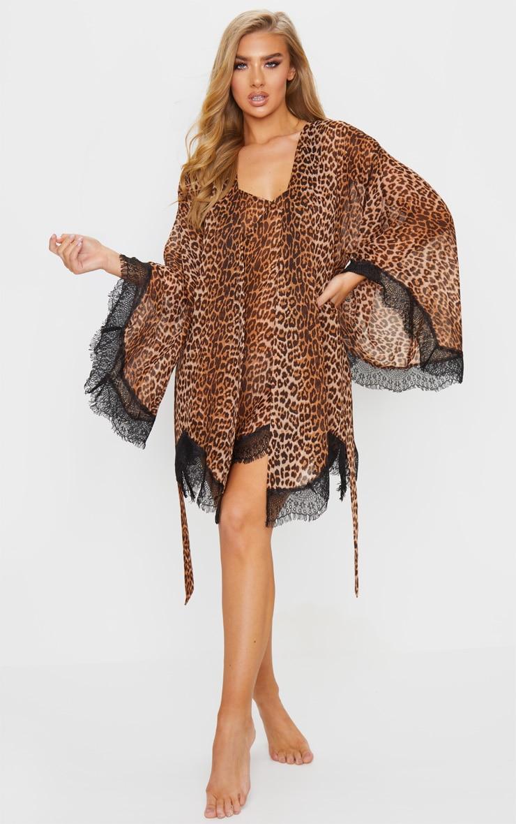 Leopard Print Lace Detail Robe 3