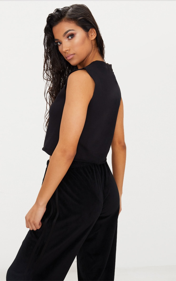 Black Crop Tank Sweater  2