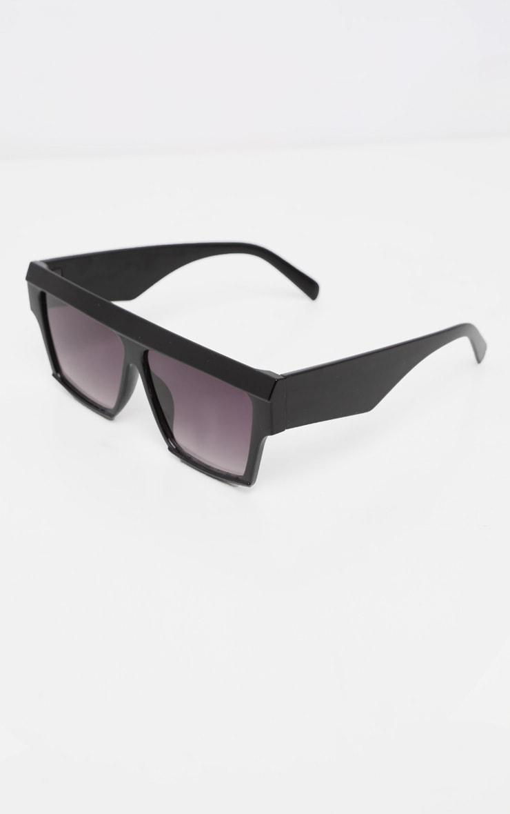 Black Thick Frame Faded Lenses Sunglasses 3