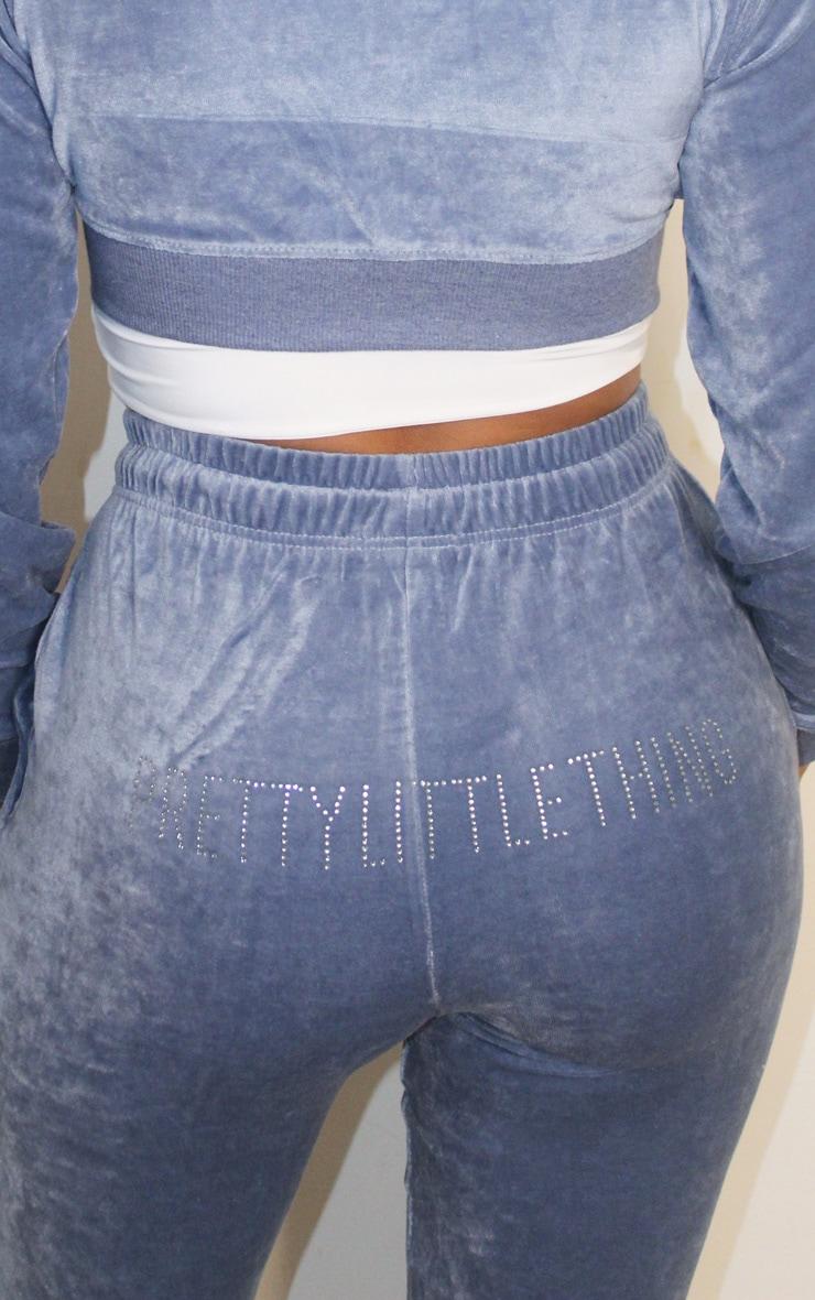 PRETTYLITTLETHING Shape - Jogging skinny en velours bleu cendré 4