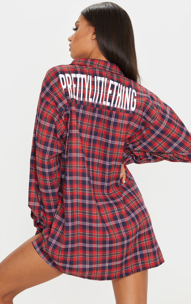 PRETTYLITTLETHING Red Slogan Checked Oversized Shirt Dress 2