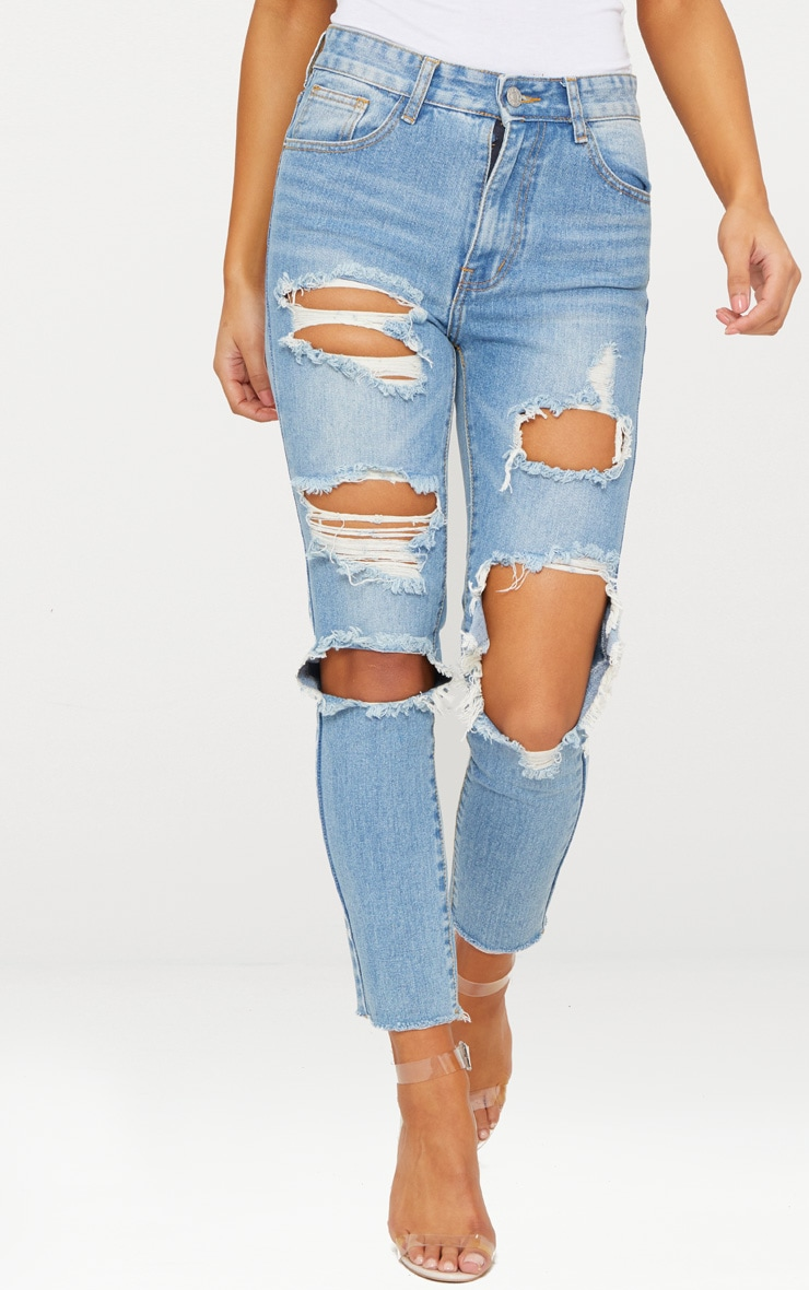 LIGHT WASH EXTREME DISTRESSED MOM JEAN