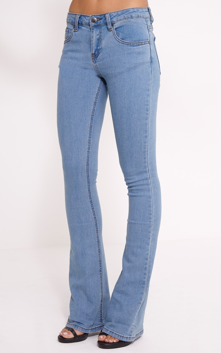 Victoire Blue Mid Wash Flared Jean 3