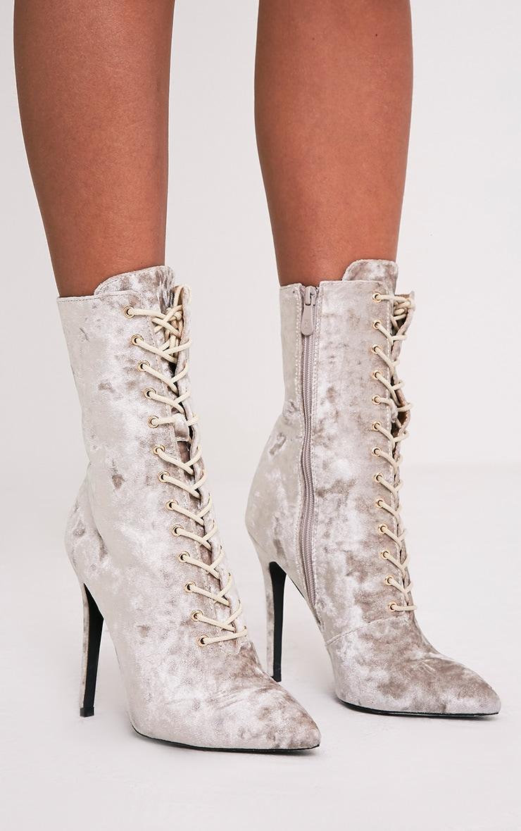 Savia bottes à talons à lacets en velours écrasé champagne 3