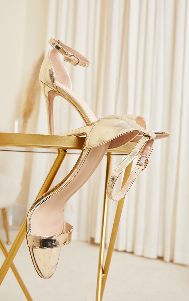 Sandales Clover à talon et bride dorées brillantes 4