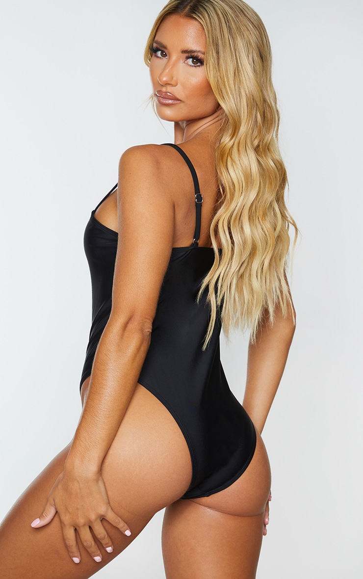 Black Wire Detail Swimsuit 2