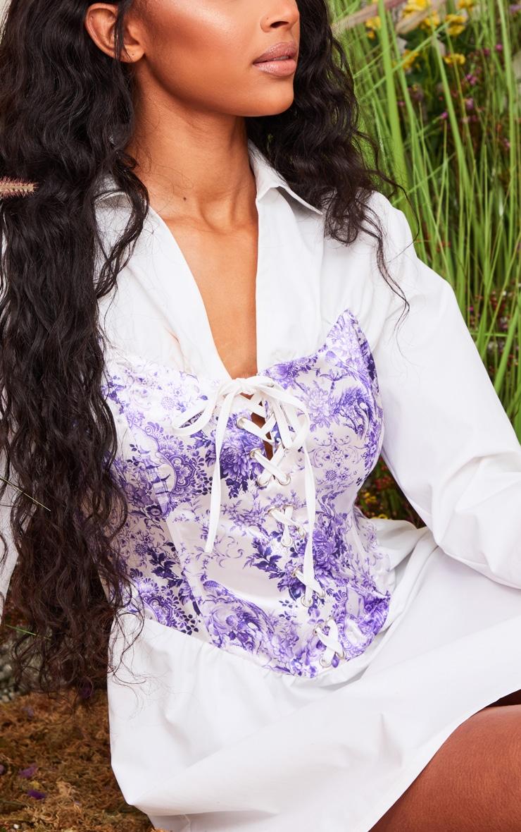 Robe chemise blanche à corset imprimé lacé et manches longues  5