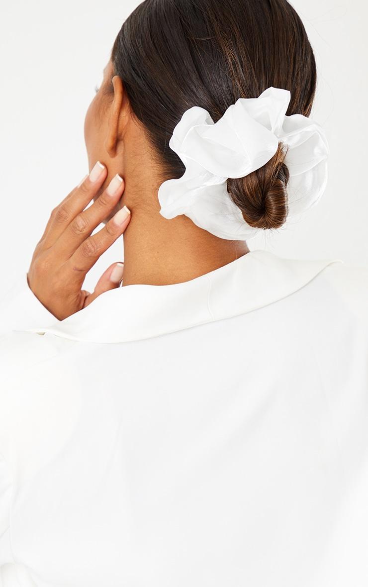 White Oversized Organza Scrunchie 1