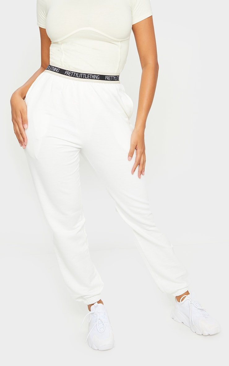 PRETTYLITTLETHING Shape Cream Band Detail Joggers 2